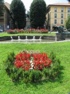 La fontana della mondina in Piazza Garibaldi