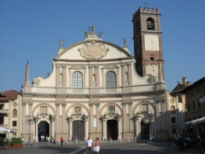 Il Duomo in Piazza Ducale