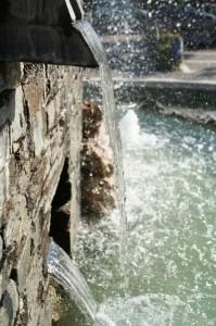 La vie s'en va comme cette eau courante…