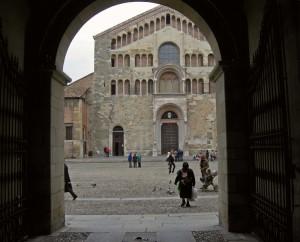 In attesa di vedere la cupola del Correggio