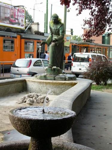 Milano - San Francesco .... nel caos milanese