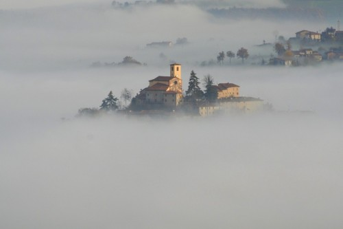 """Zocca - Vi racconto una fiaba...""""L'antica chiesa"""""""