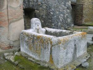 Antica Fontana degli scavi di Ercolano
