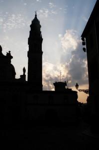 Controluce all'Alba - Chiesa San Giovanni