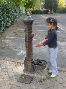 lavandosi le mani