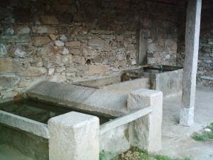 Fontana e lavatoio di Frasso