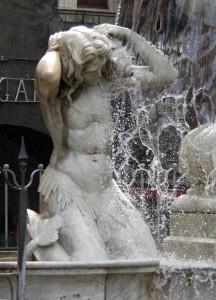 Particolare della fontana dell'Amenano