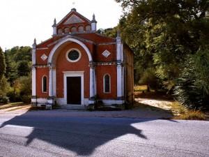 Chiesa Treia