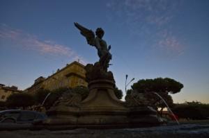 Fontana in silouette