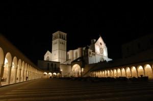 Assisi di notte