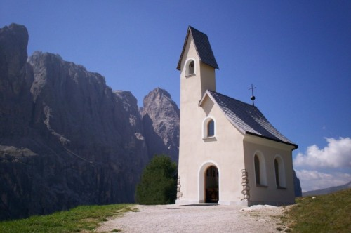 Selva di Val Gardena - Chiesetta al passo Gardena