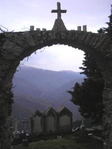 Cimitero (2)