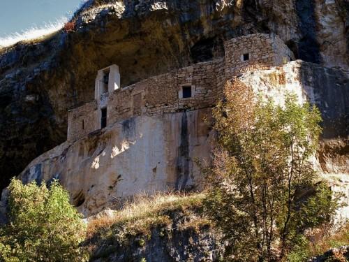 Roccamorice - Eremo San Bartolomeo in Legio