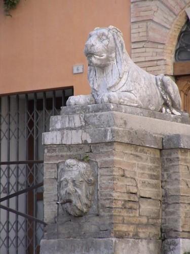 San Severino Marche - il guardiano
