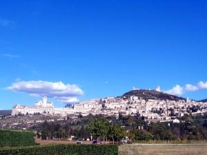 Basilica S.Francesco Assisi vista da lontano