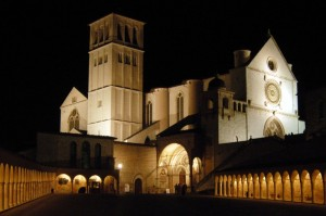 Basilica S.Francesco vista di notte