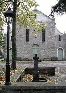 La Chiesa La Fontana & anche il Lampione