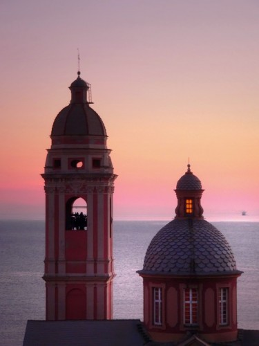 Genova - Un faro per i naviganti