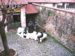 Cortile della casa natale di papa Giovanni XXIII