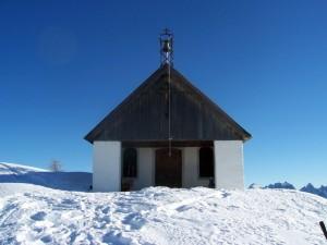 chiesa di San Dionisio d'inverno