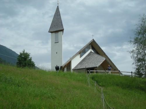 Senales - altra vista della chiesetta di Vernago