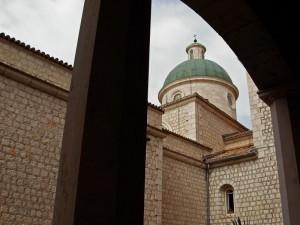 La cupola sotto il portico…