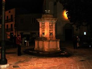 Fontana Piazza G. Flora