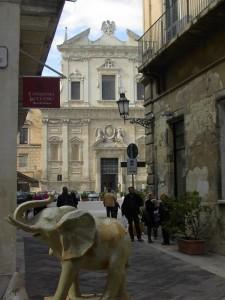 Lecce: barocco e cartapesta