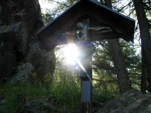 """La """"Luce di Gesù"""" salendo all'Alpe Angeloga"""