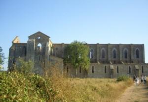 Abbazia di San Galgano - vista laterale