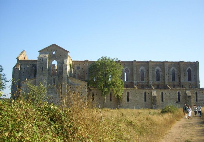 ''Abbazia di San Galgano - vista laterale'' - Chiusdino