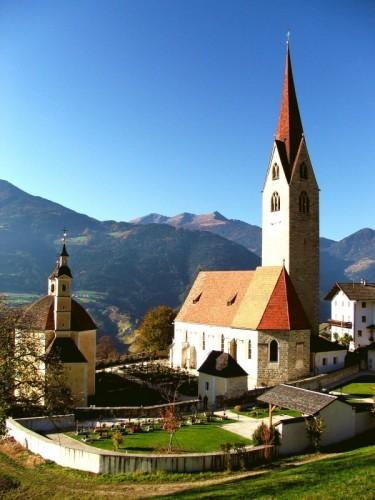 Bressanone - La chiesa di Sant`Andrea in Monte