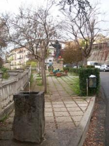 Zampillo nella piazza di San Francesco di Paola