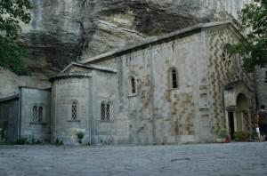 L'eremo benedettino ai piedi della Pietra di Bismantova