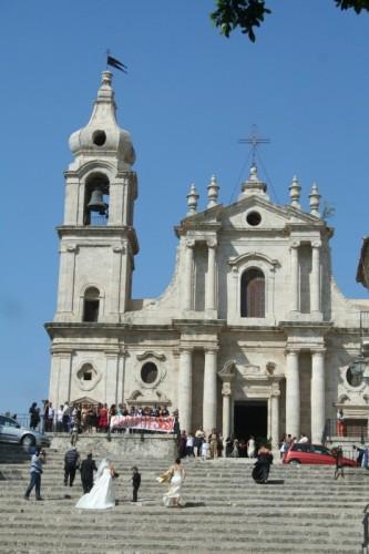 Palma di Montechiaro - Chiesa con Sposi