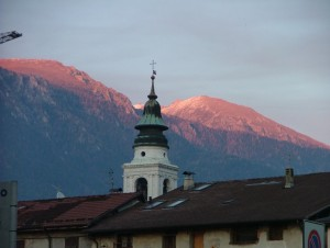 Il silenzio del tramonto sui monti