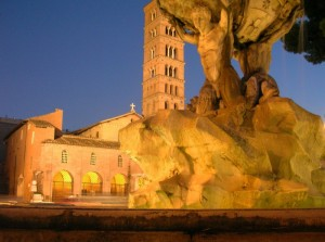 Tritoni con vista su Santa Maria in Cosmedin