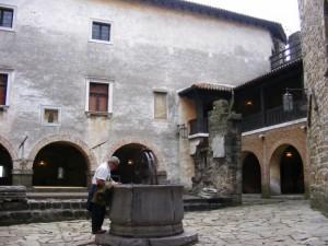 Castello - Il pozzo