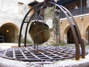 Castello - Il pozzo 2