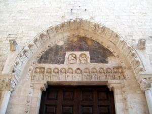Portale chiesa   Santa Maria Della Colonna