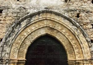 San Giovannello - particolare del portale