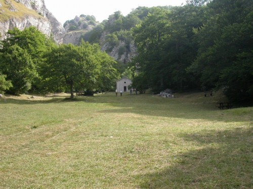 Pizzoferrato - Chiesetta di S. Domenico in Silvis - Valle del sole