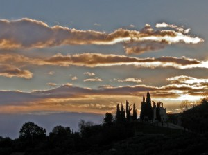 Santa Maria in Viano all'alba