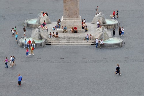 Roma - il centro della piazza