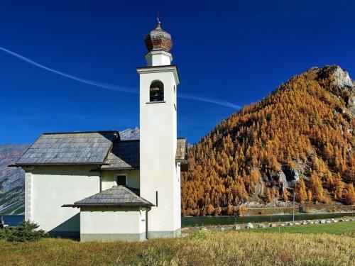 Livigno - Chiesa sul lago di Livigno