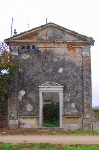 Isola della Scala - niente.