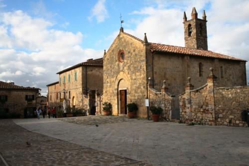 Monteriggioni - pietra dopo pietra ...LA MAGIA...