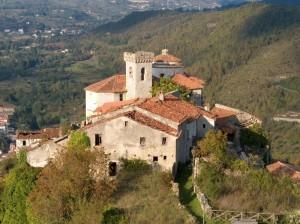 Chiesa dell'antica Laino Castello - Abitanti 0 - Fedeli 0