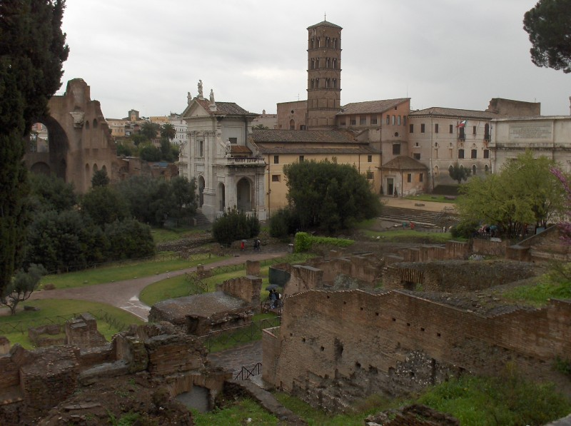 ''Ombre sul Foro  Romano'' - Roma