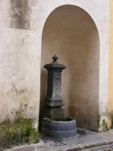 Fontanella di Via Beato Ongaro